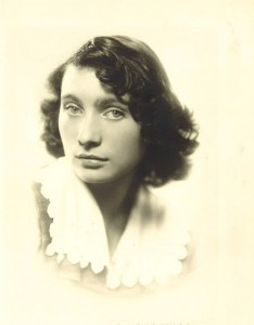 Claudine Louys2